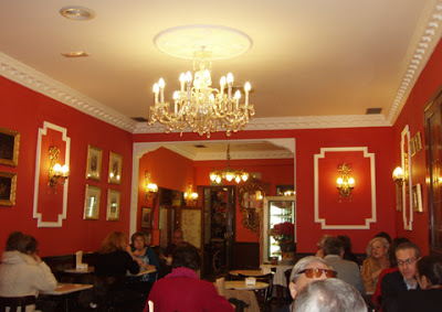 El Salón de Té de El Riojano.