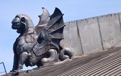 Mitologías en los cielos de Atocha