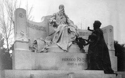 El monumento a Federico Rubio