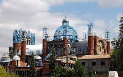 La insólita catedral de Mejorada del Campo