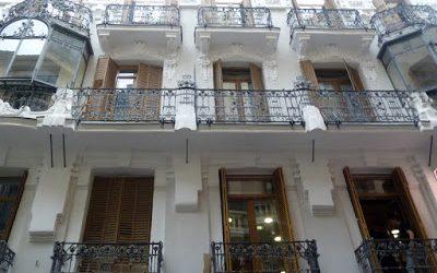 Modernismo en la calle Infantas